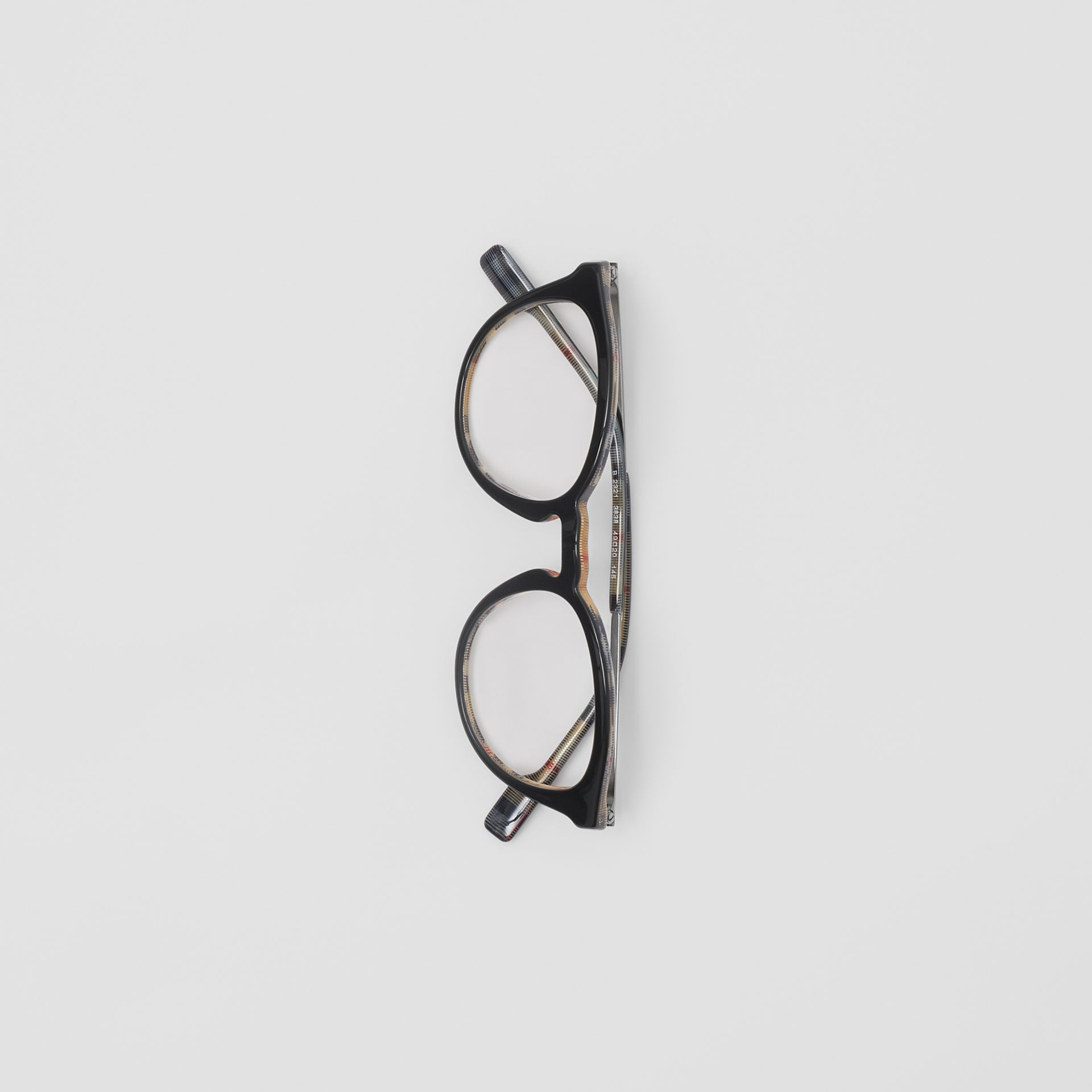 Round Optical Frames in Black/beige - Men | Burberry - gallery image 3