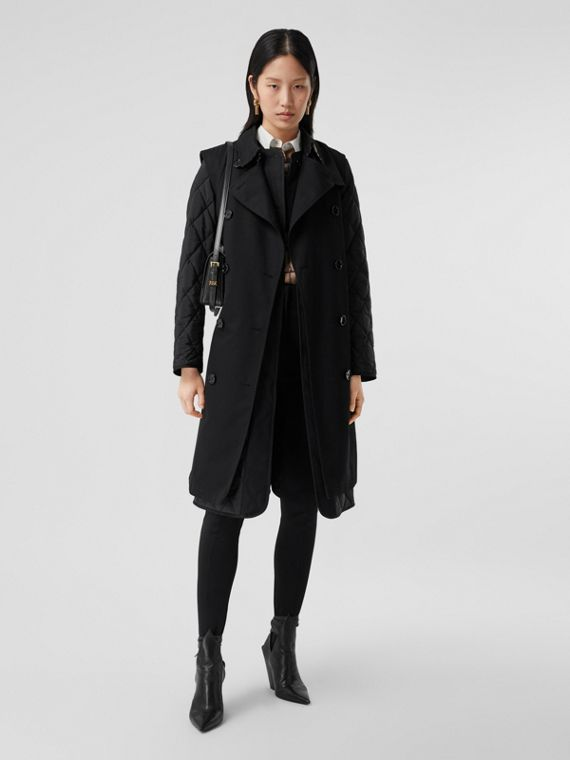 Sleeveless Trench Coat with Detachable Warmer in Black