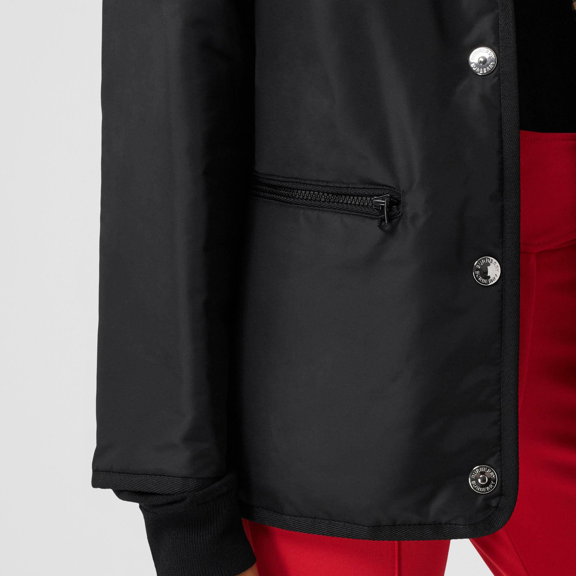 Detachable Sleeve Reversible Logo Graphic Jacket in Black - Women | Burberry Canada - gallery image 5