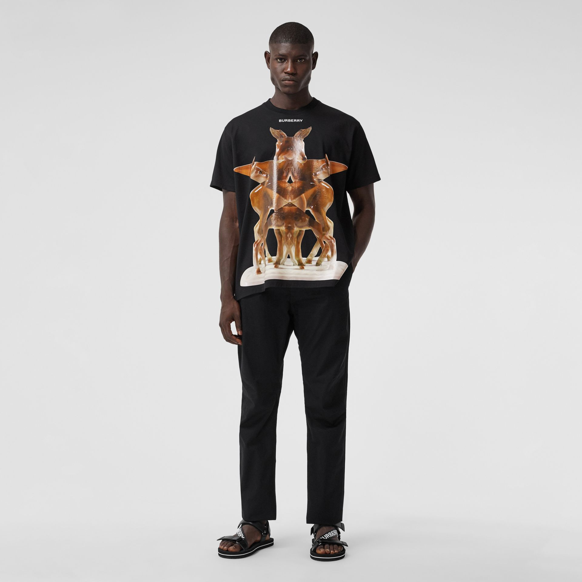 Kaleidoscope Print Cotton Oversized T-shirt in Black - Men | Burberry Hong Kong S.A.R. - gallery image 4