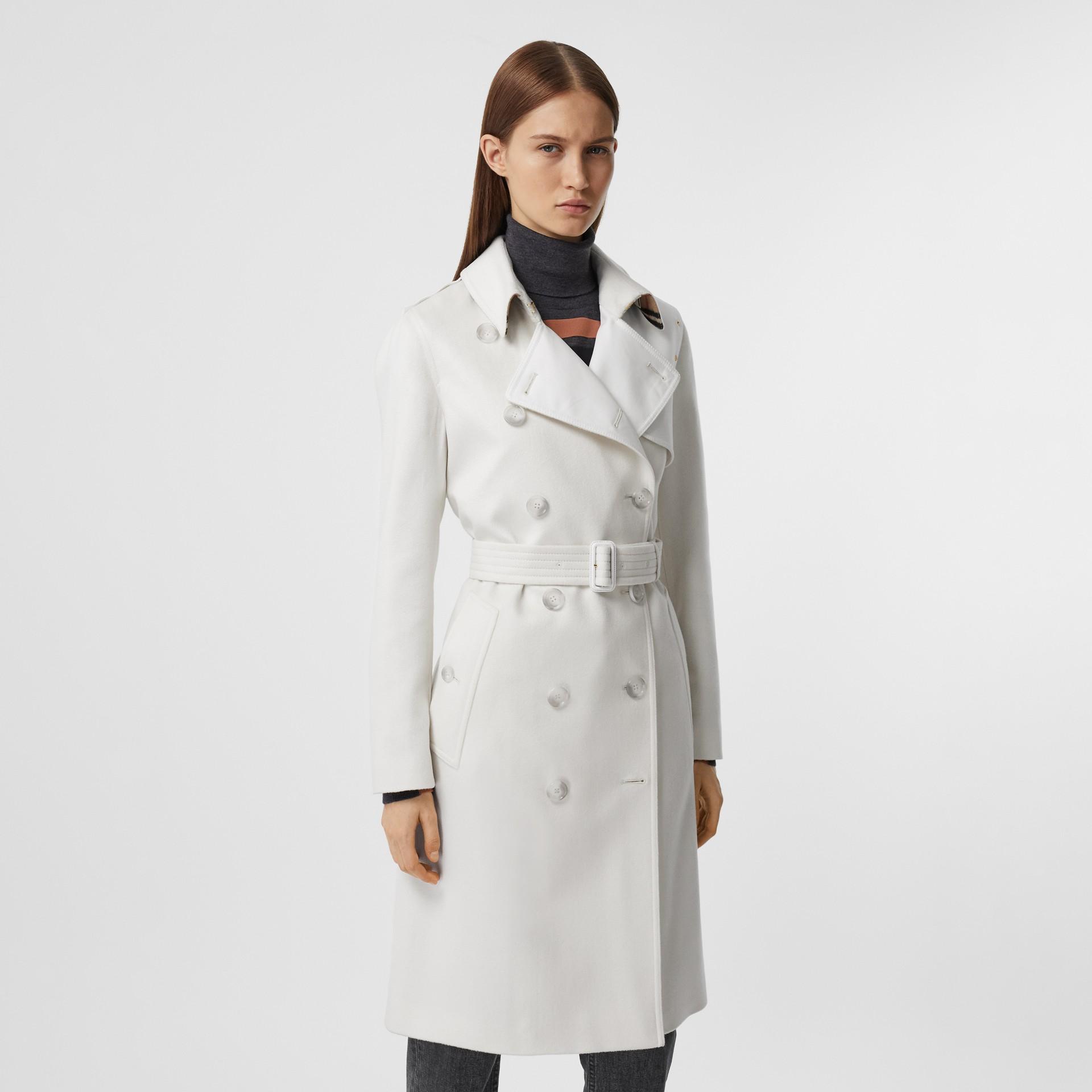 Trench coat in cashmere con pannello in gabardine di cotone (Bianco Naturale) - Donna | Burberry - immagine della galleria 5