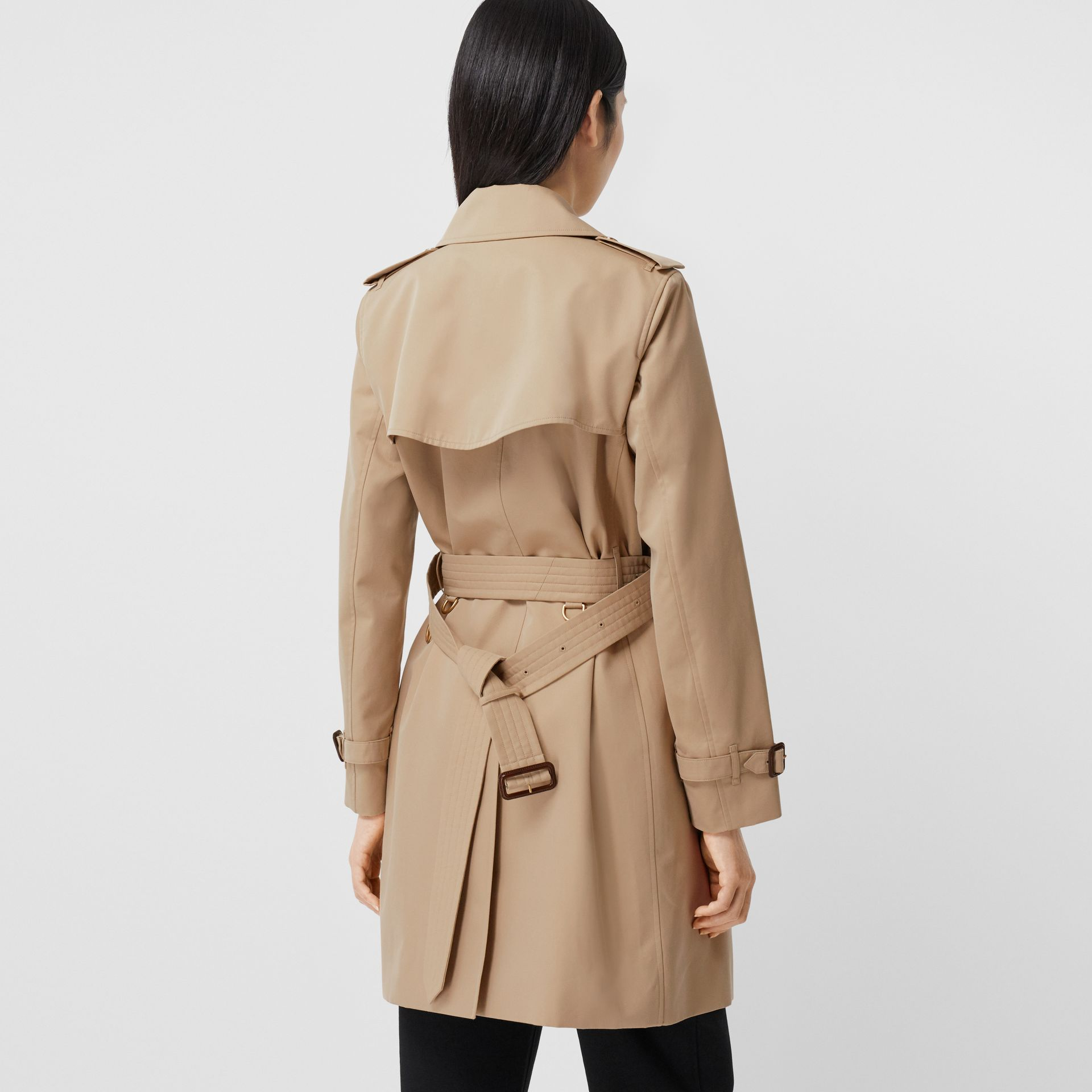 The Short Islington Trench Coat in Honey - Women | Burberry Australia - gallery image 2