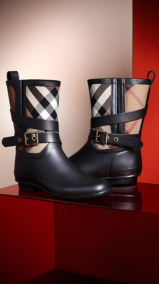 SHOP WEATHER BOOTS