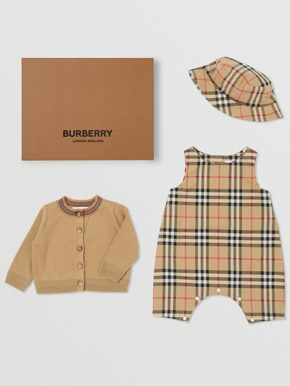 Coffret cadeau trois pièces pour bébé en coton Vintage check (Beige D'archive)