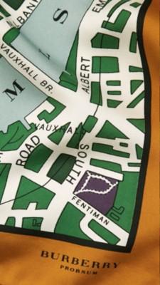 亮雪松绿印花 伦敦手绘地图丝质中方巾