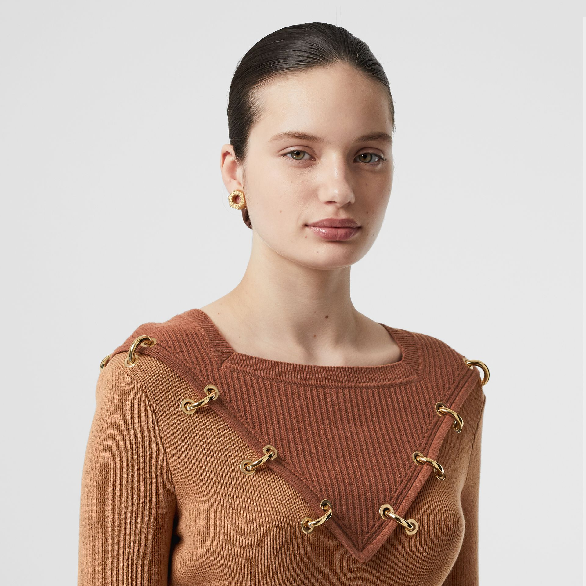 Ring-pierced Two-tone Wool Cashmere Sweater in Warm Camel - Women   Burberry - gallery image 6