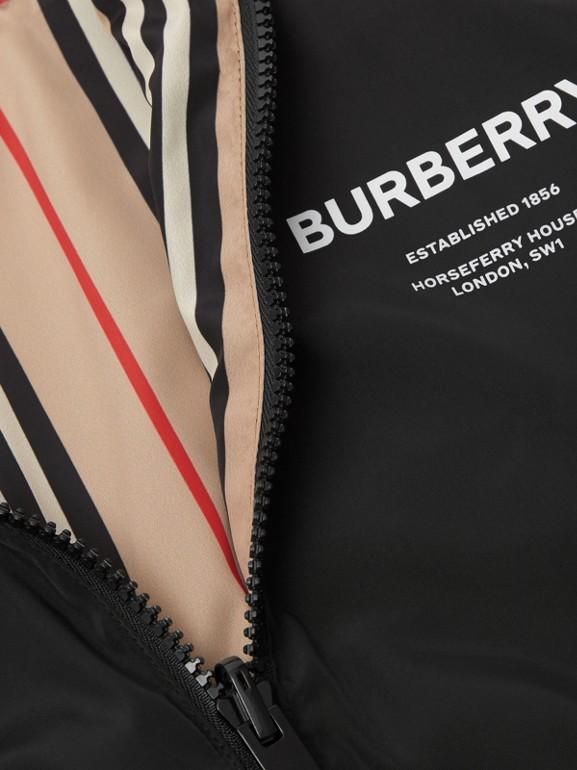 Chaqueta reversible a rayas Icon Stripe con capucha (Negro) | Burberry - cell image 1