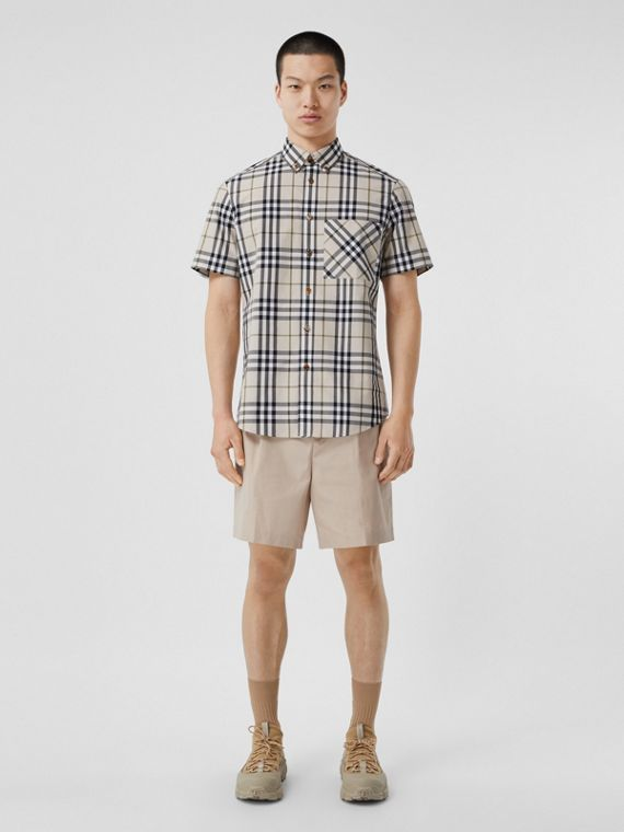 Short-sleeve Check Cotton Poplin Shirt in Soft Fawn