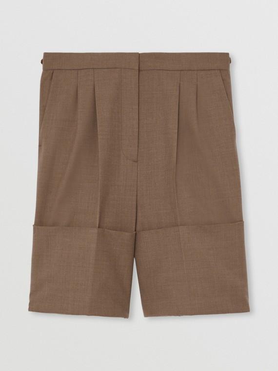 Pantaloncini sartoriali in lana con orli oversize (Marrone Talpa Scuro)
