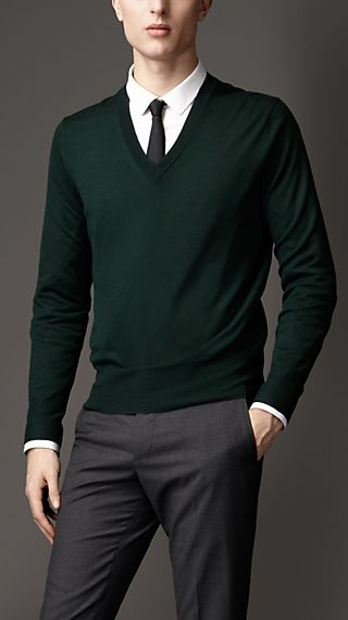 Check Detail V-Neck Sweater
