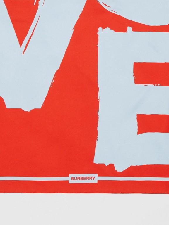 Foulard in seta con stampa Love (Rosso/cammello) | Burberry - cell image 1