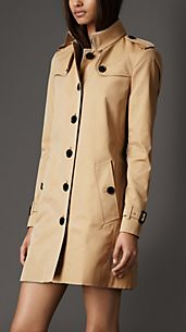 Mid-Length Cotton Gabardine Check Undercollar Trench Coat