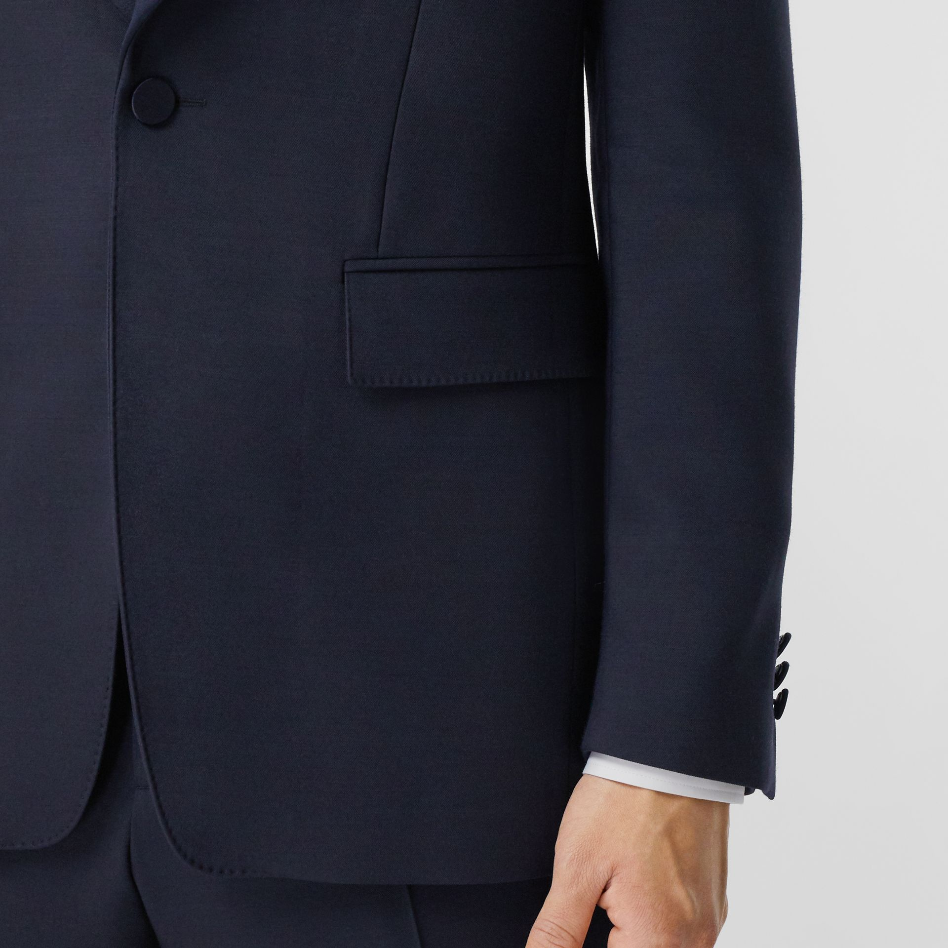 English Fit Wool Silk Blend Tailored Jacket in Navy Black - Men | Burberry Hong Kong S.A.R. - gallery image 5