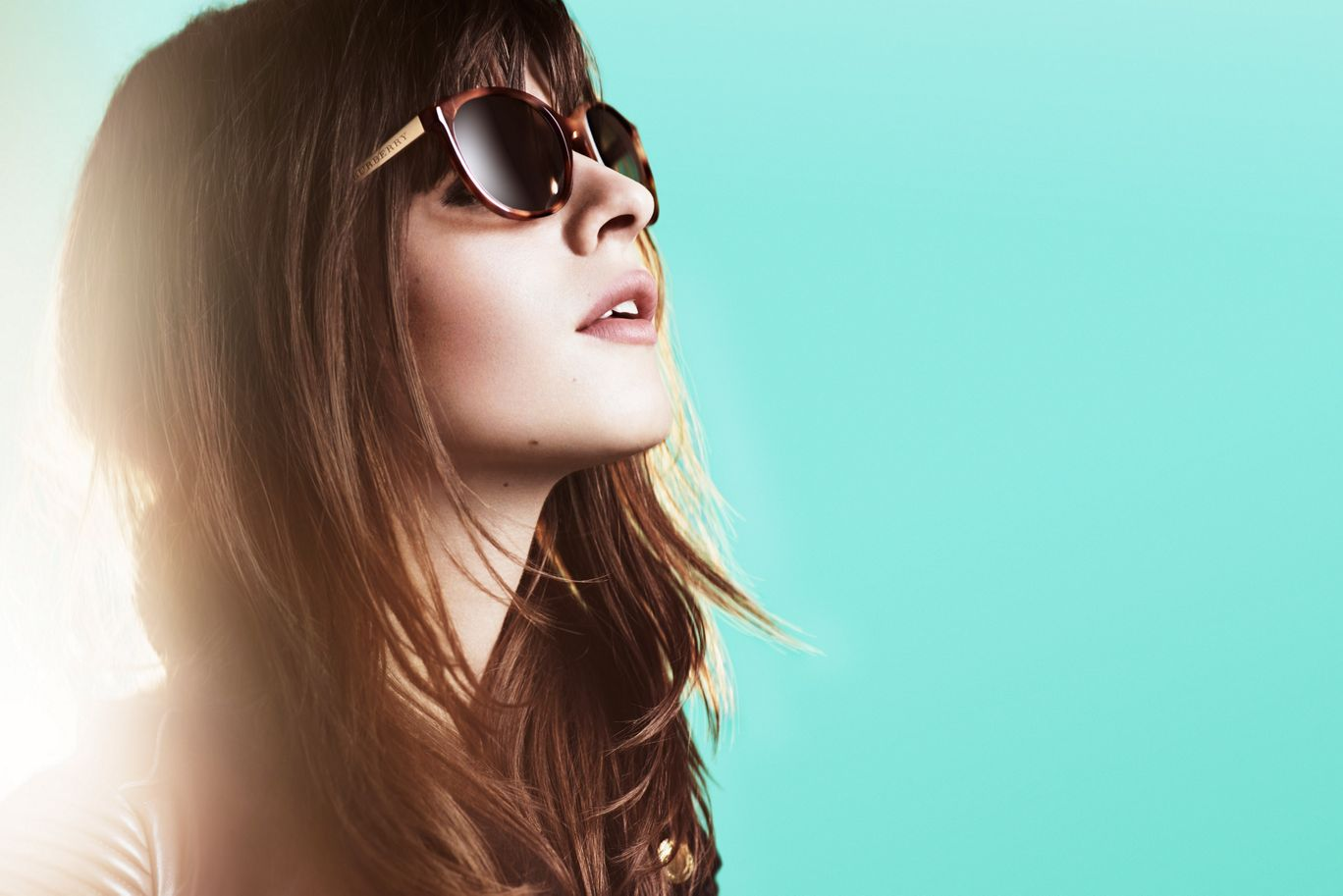 INTRODUCING <strong>NEW SPARK SUNGLASSES</strong> EXPLORE THE MUSIC FROM THE CAMPAIGN