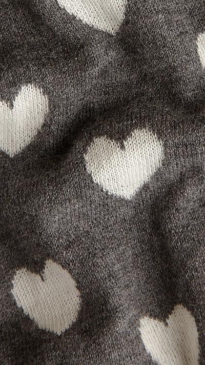 心形设计羊绒围巾图片