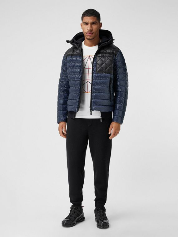 Diamond Quilted Panel Hooded Puffer Jacket in Midnight