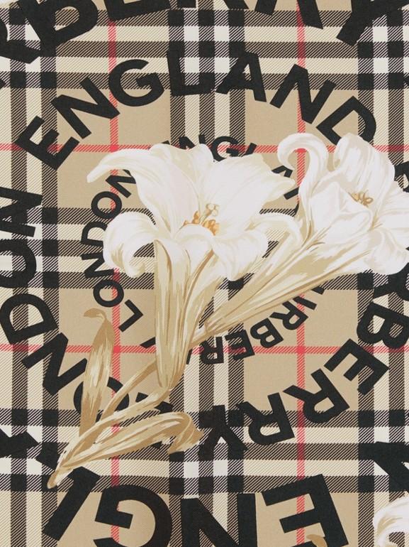 Foulard in seta con motivi d'archivio (Beige) | Burberry - cell image 1