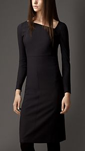 Structured Asymmetric Dress