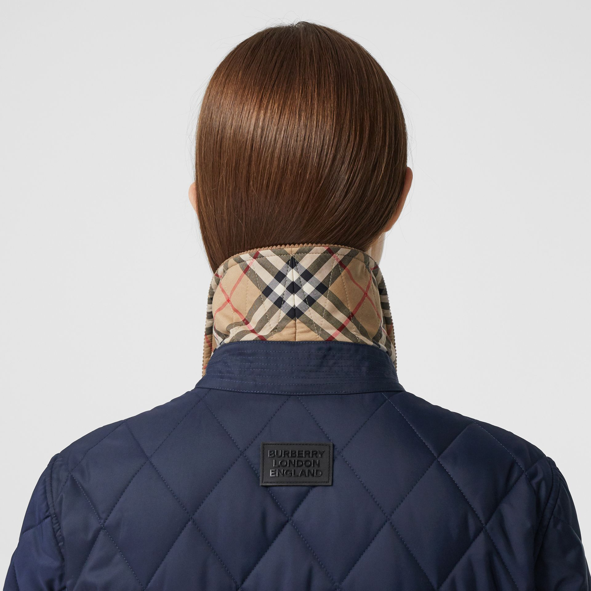 Detachable Fleece Collar Diamond Quilted Coat in Midnight Blue - Women | Burberry Canada - gallery image 4