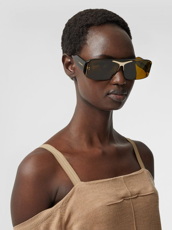 Blake Shield Sunglasses in Green | Burberry - cell image 2