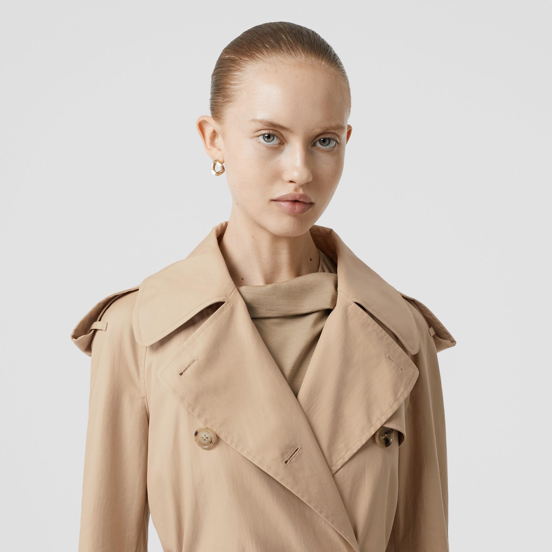 Detachable Collar Cotton Gabardine Trench Coat in Ecru - Women | Burberry United Kingdom - gallery image 7