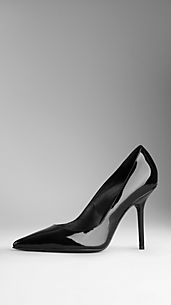Point-Toe Patent Pumps