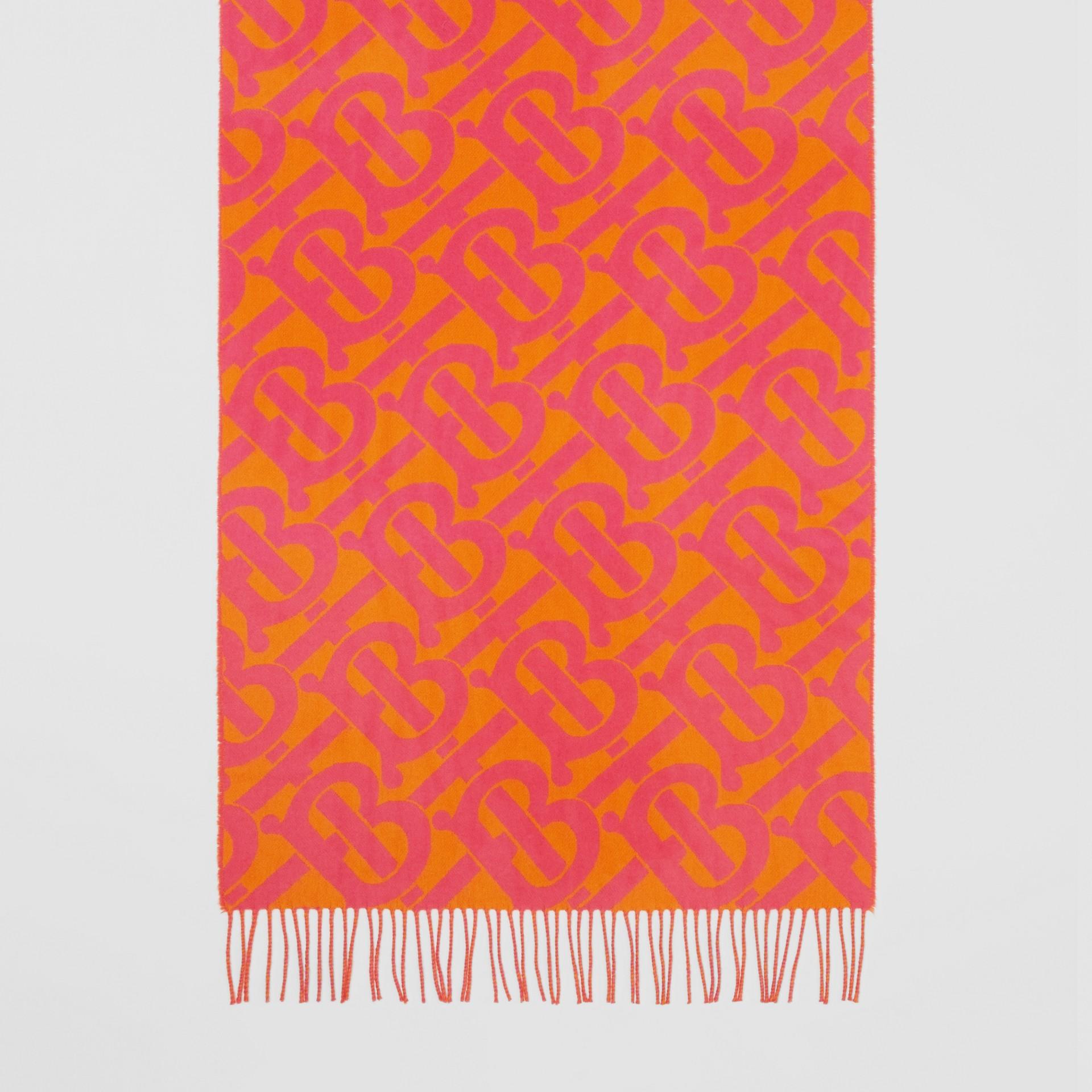 Bufanda en cachemir con motivo de monogramas en jacquard (Rosa Intenso) | Burberry - imagen de la galería 4