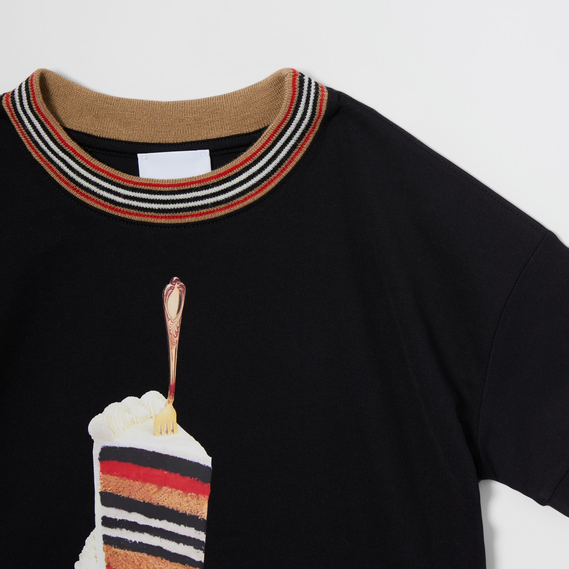 Cake Print Cotton T-shirt in Black | Burberry - gallery image 4