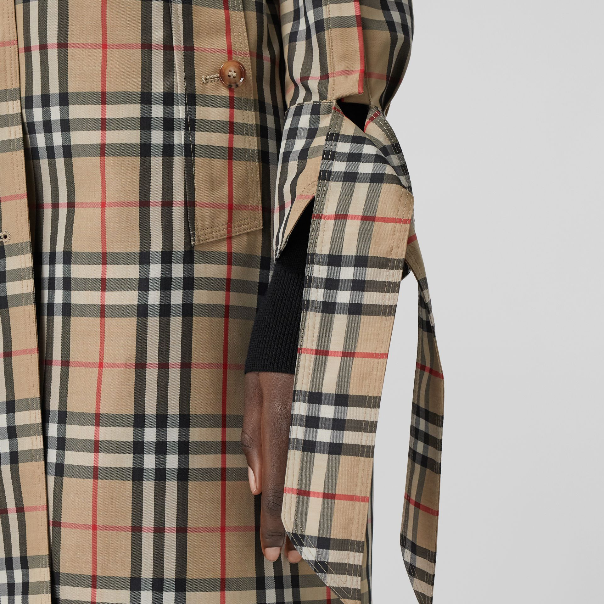 Vintage Check Recycled Polyester Car Coat - Women | Burberry Singapore - gallery image 5