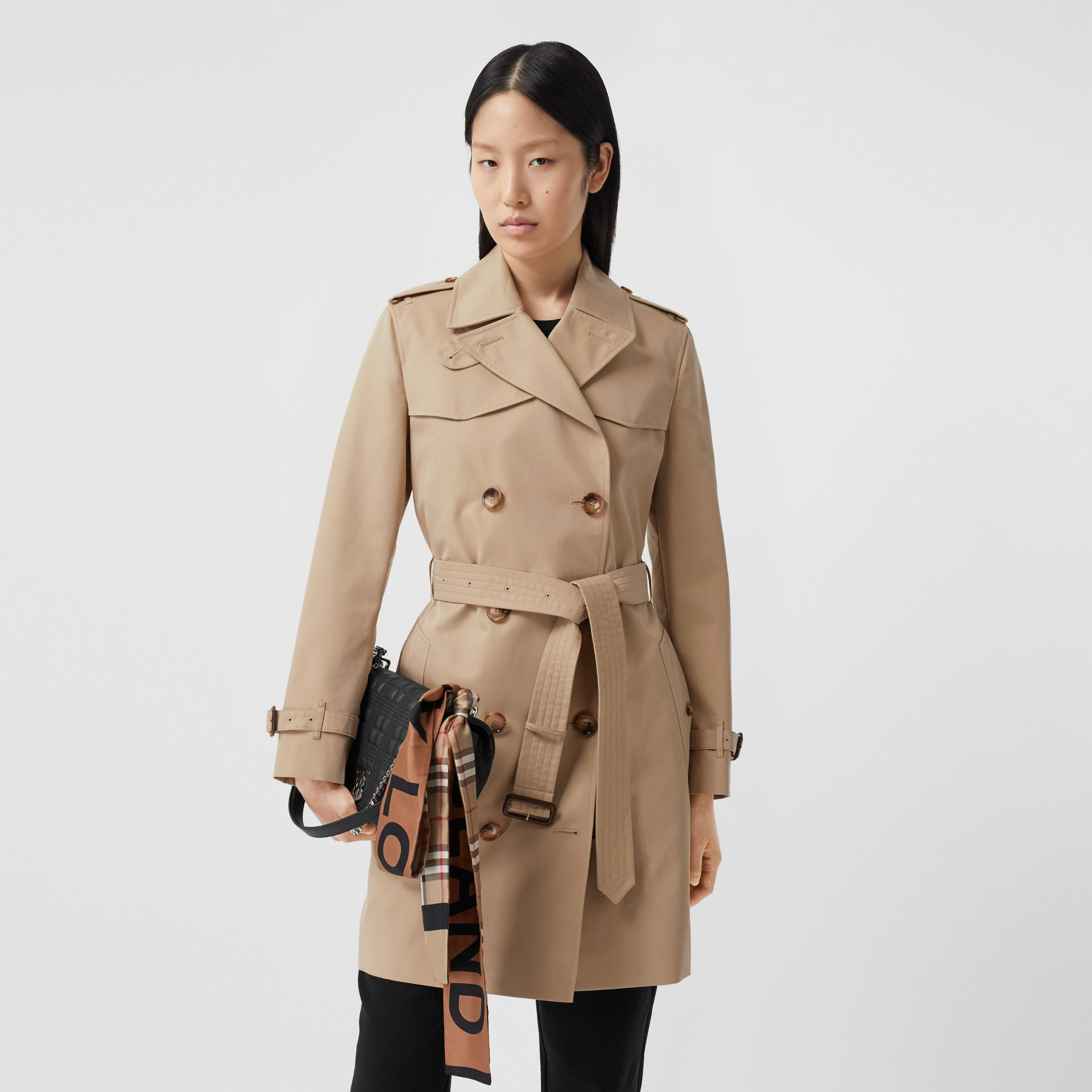 The Short Islington Trench Coat in Honey - Women | Burberry Australia - gallery image 6