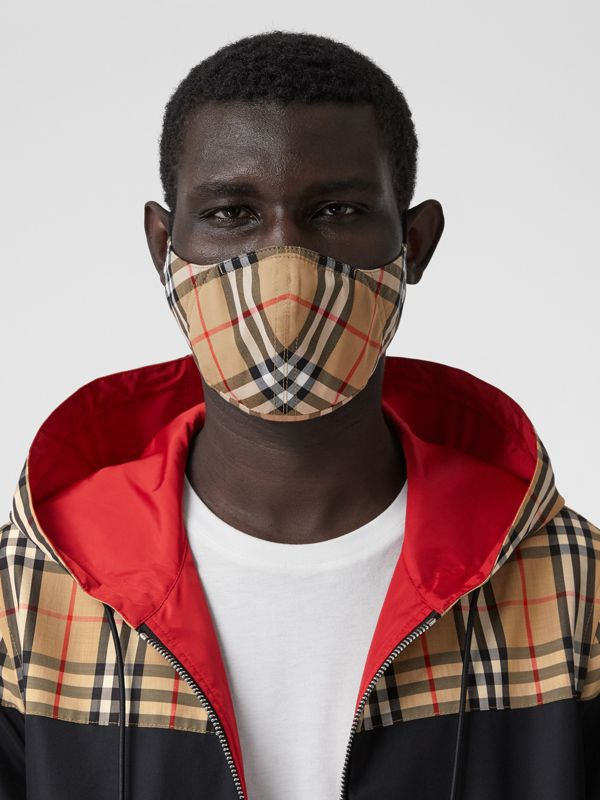 Vintage Check Cotton Face Mask in Antique Yellow | Burberry - cell image 3