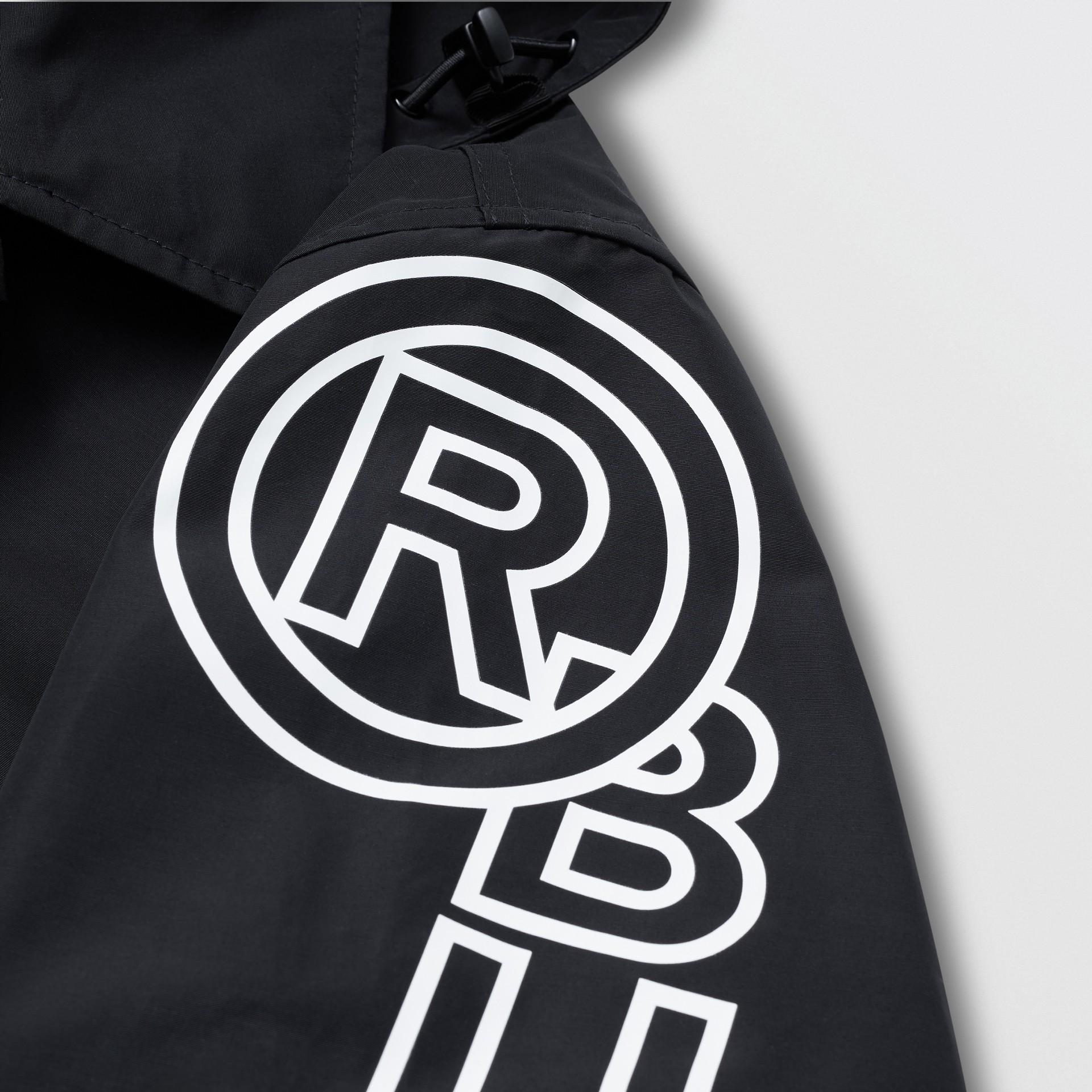 Detachable Hood Logo Print Technical Cotton Car Coat in Black - Men | Burberry United States - gallery image 3