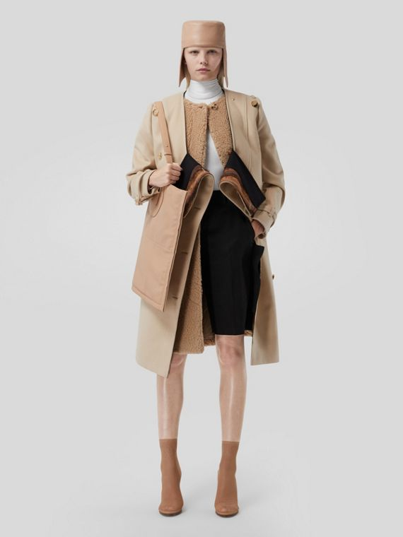 Contrast Facing Wool Cashmere V-neck Trench Coat in Soft Fawn
