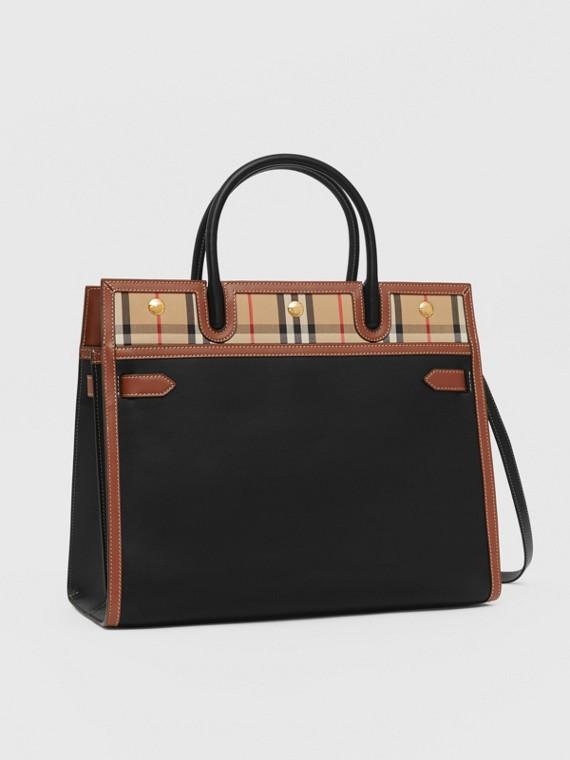 """Mittelgroße Tasche """"Title"""" aus Leder und Vintage Check-Gewebe mit zwei Griffen (Schwarz)"""