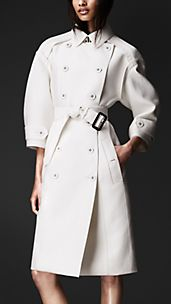 Trench coat sartoriale in duchessa doppio