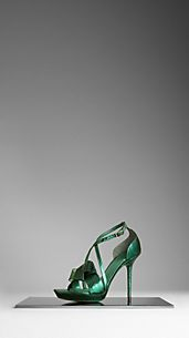 Bow Detail Metallic Snakeskin Sandals