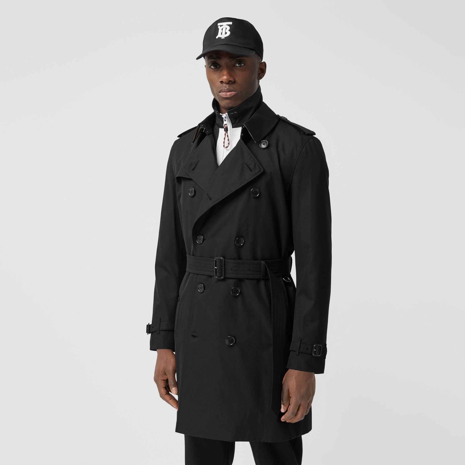 The Mid-length Kensington Heritage Trench Coat in Black - Men | Burberry Canada - gallery image 6