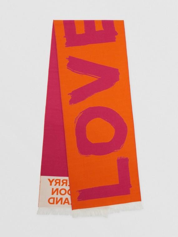 Schal aus Woll- und Seidenjacquard mit Love-Schriftzug und Burberry-Logo (Orange)