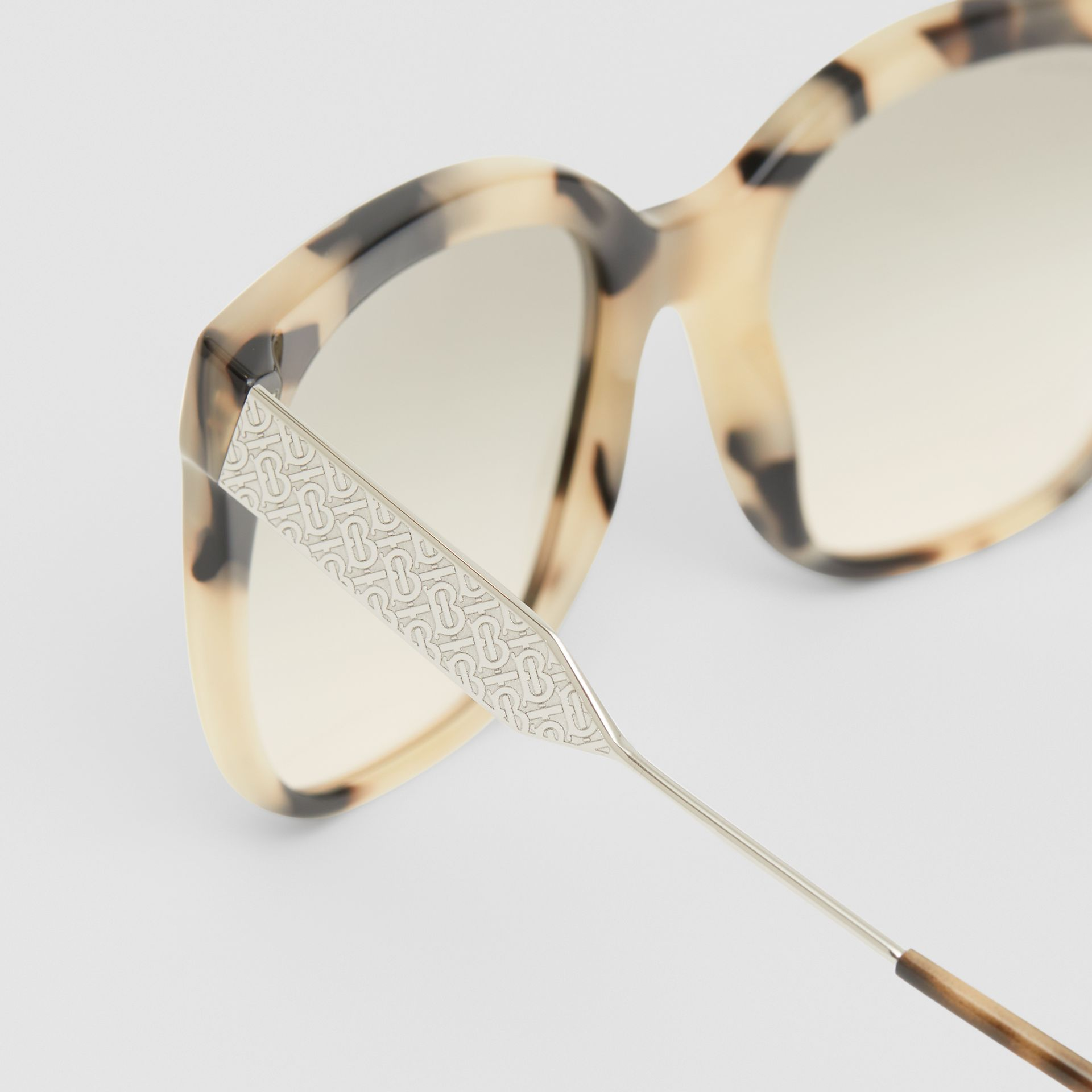 Butterfly Frame Sunglasses in Honey Tortoiseshell - Women | Burberry Canada - gallery image 1
