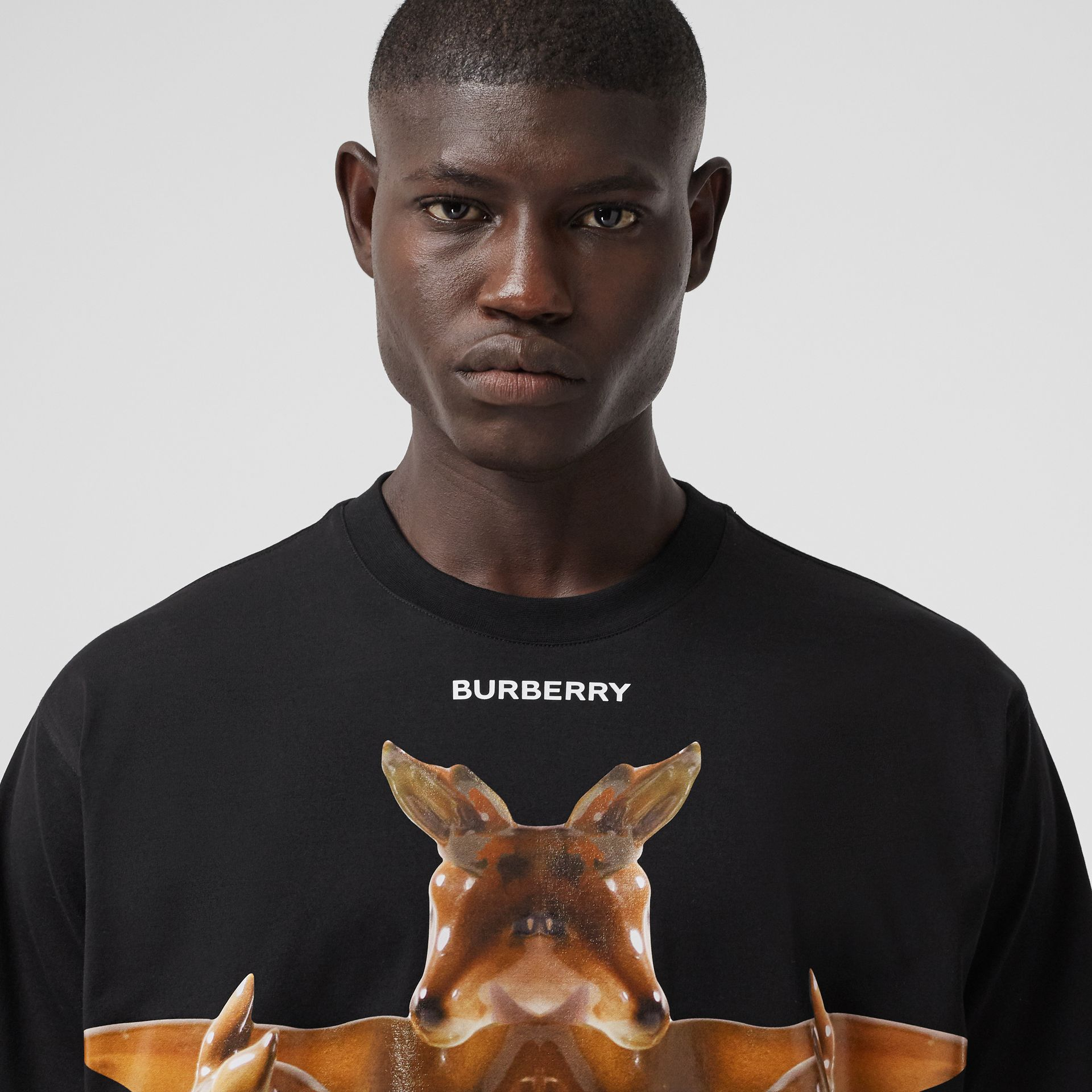 Kaleidoscope Print Cotton Oversized T-shirt in Black - Men | Burberry Hong Kong S.A.R. - gallery image 1