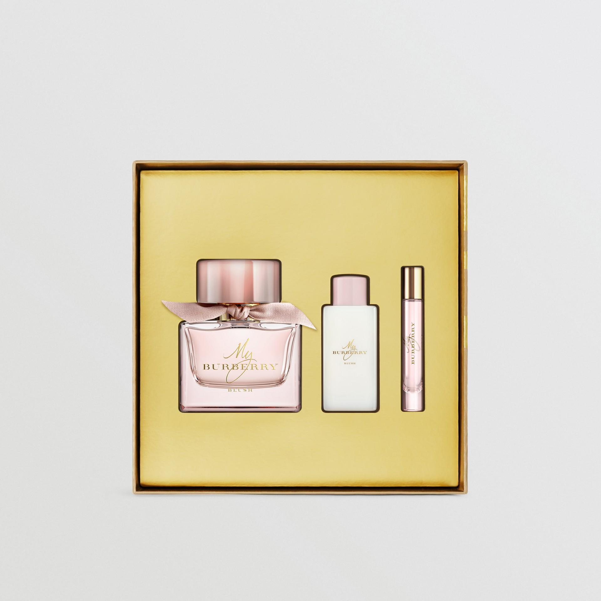 My Burberry Blush Eau de Parfum Gift Set in Honey - Women   Burberry - gallery image 1