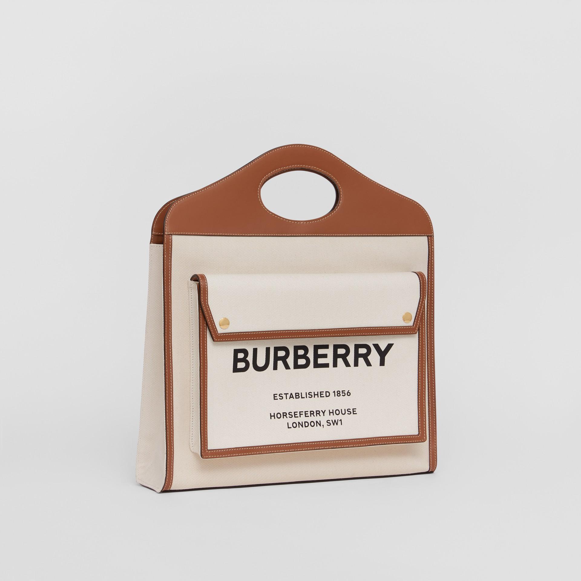 Bolso Pocket mediano en lona y piel de dos tonos (Natural / Marrón Malta) - Mujer | Burberry - imagen de la galería 6