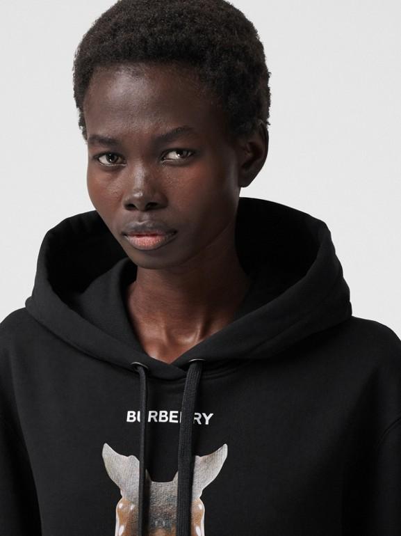 Sweat-shirt à capuche oversize avec imprimé kaléidoscope – Exclusivité en ligne (Noir) - Femme | Burberry - cell image 1