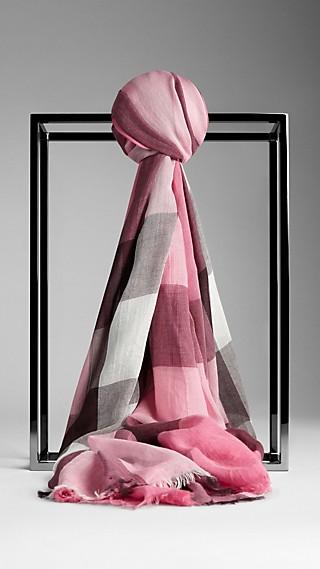 Schal aus Modal und Seide mit Check-Muster