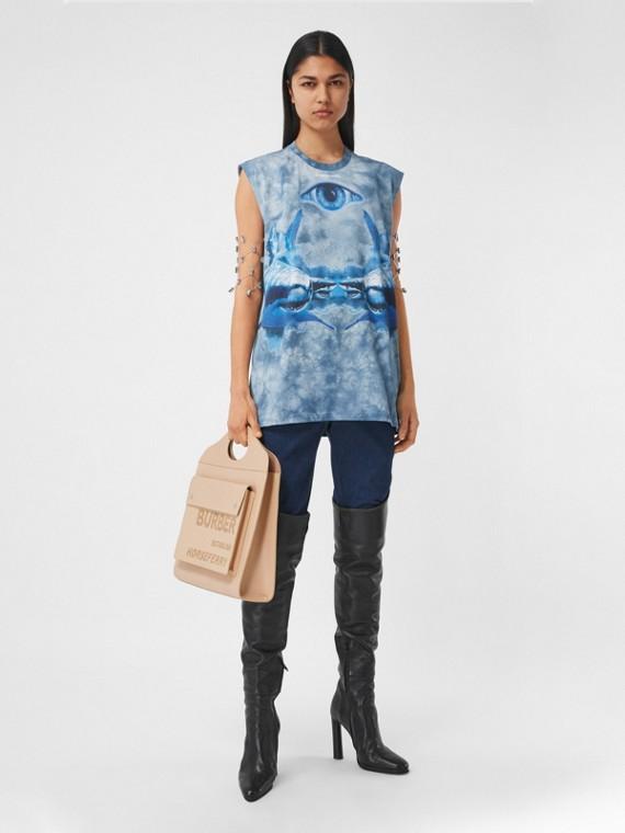Blusa sem mangas de algodão com estampa de tubarão (Azul Nanquim)