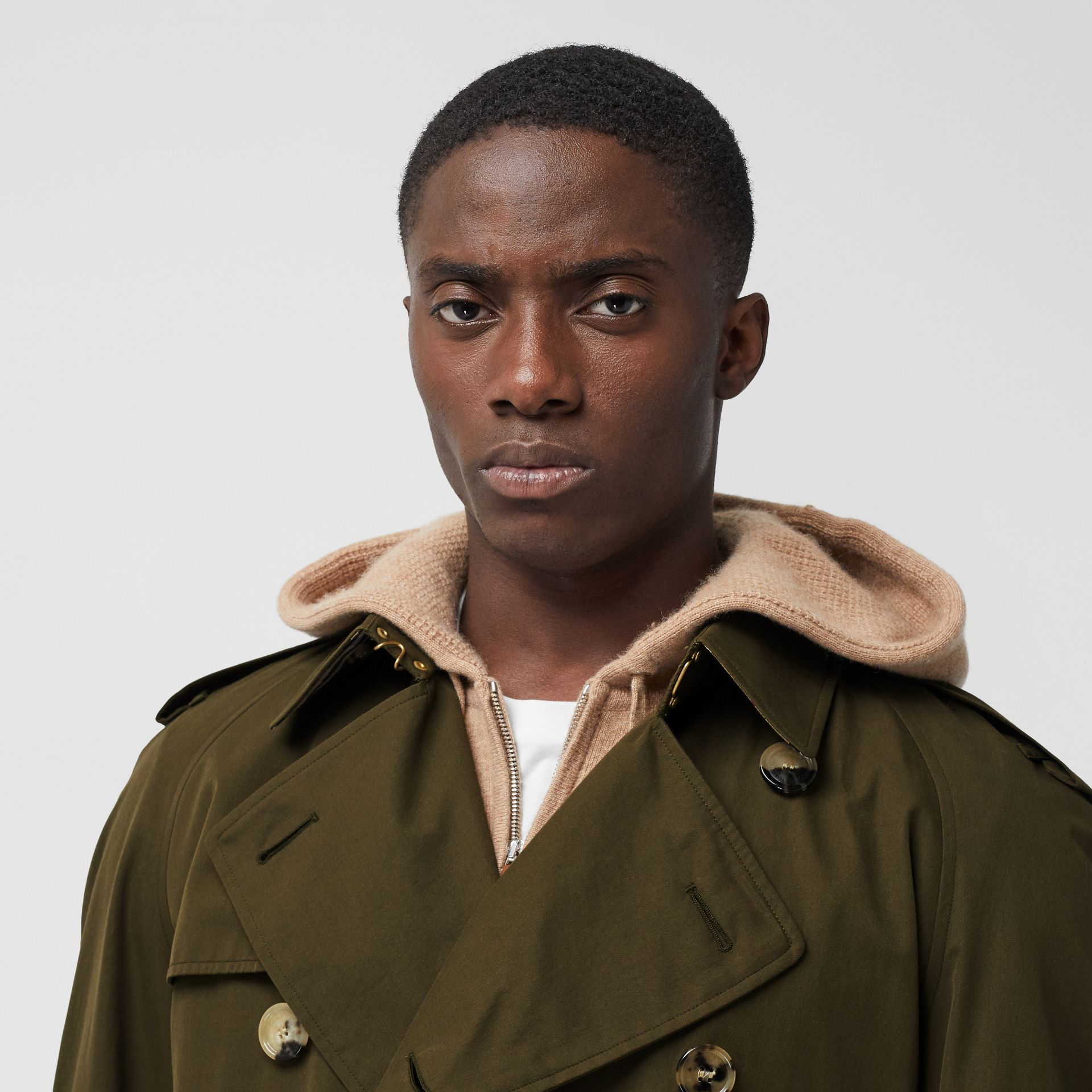 The Westminster Heritage Trench Coat in Dark Military Khaki - Men | Burberry Hong Kong S.A.R. - gallery image 5