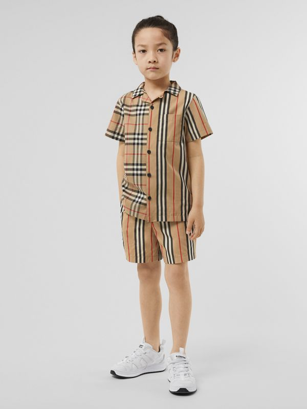 Short-sleeve Vintage Check and Icon Stripe Shirt in Archive Beige | Burberry United Kingdom - cell image 2
