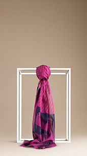 Cotton Heart Graphic Scarf