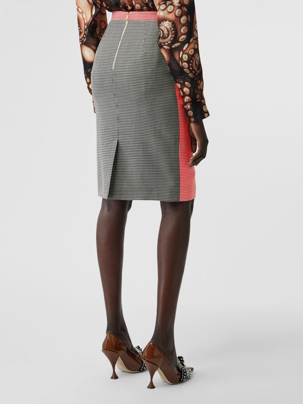 Two-tone Houndstooth Check Wool Pencil Skirt in Bright Red - Women | Burberry United Kingdom - cell image 2