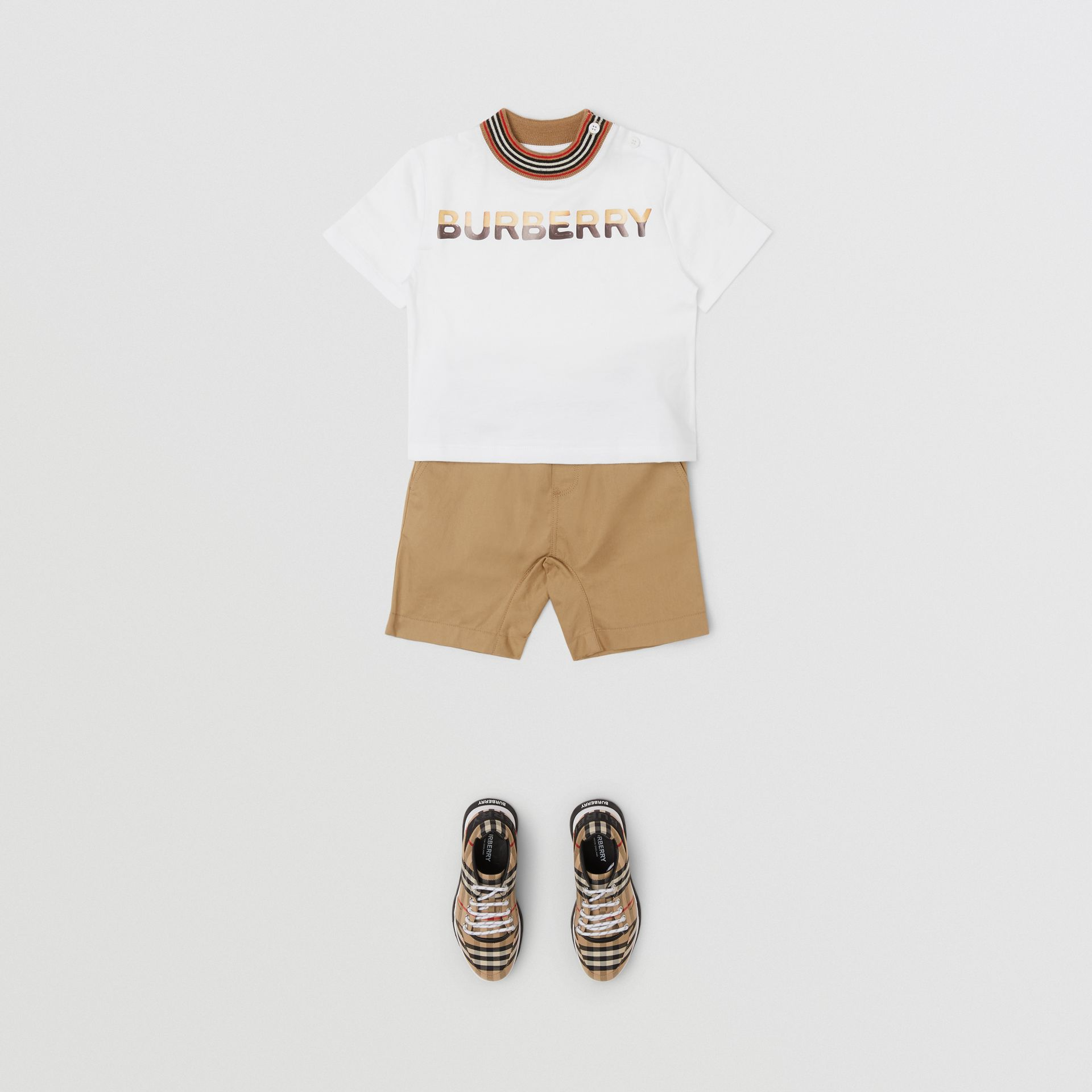 Confectionery Logo Print Cotton T-shirt in White - Children | Burberry - gallery image 3